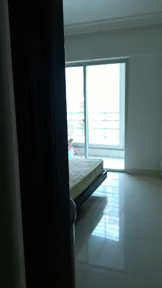 泉港庄园明珠3室2厅2卫143平方75万